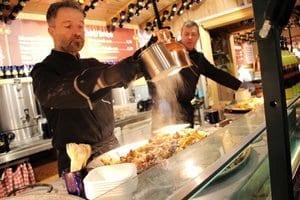 Guten Essen am Salzburger Weihnachtsmarkt