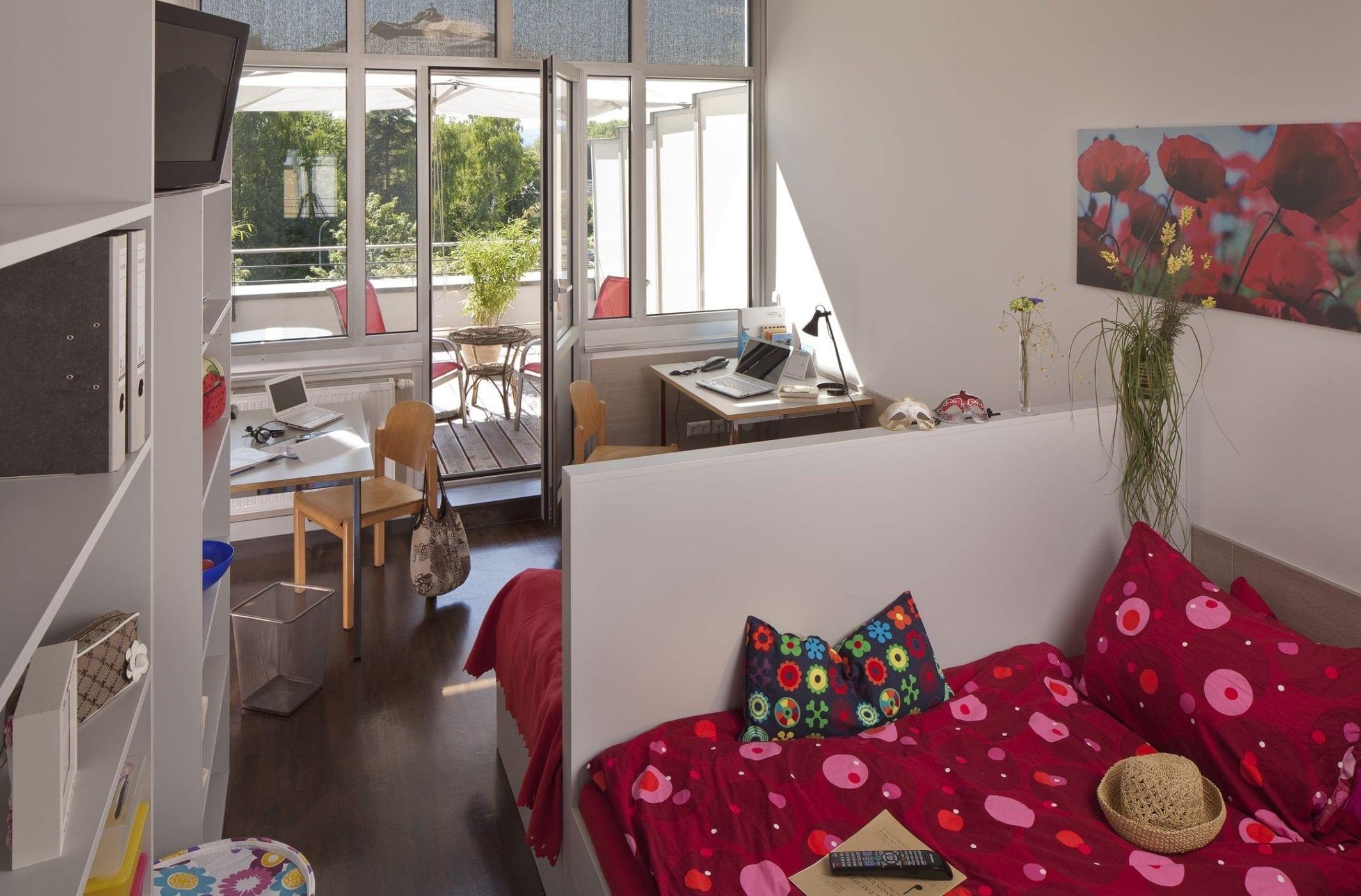 Zweibettzimmer mit Terreasse